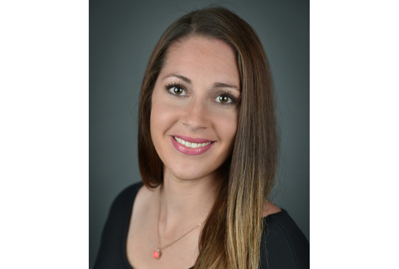 nikki barona client services specialist consultis it staffing